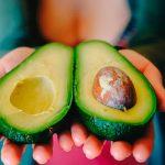 Как определить спелость авокадо и как хранить разрезанный авокадо?