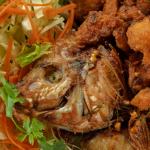 Почему рыба разваливается при жарке?